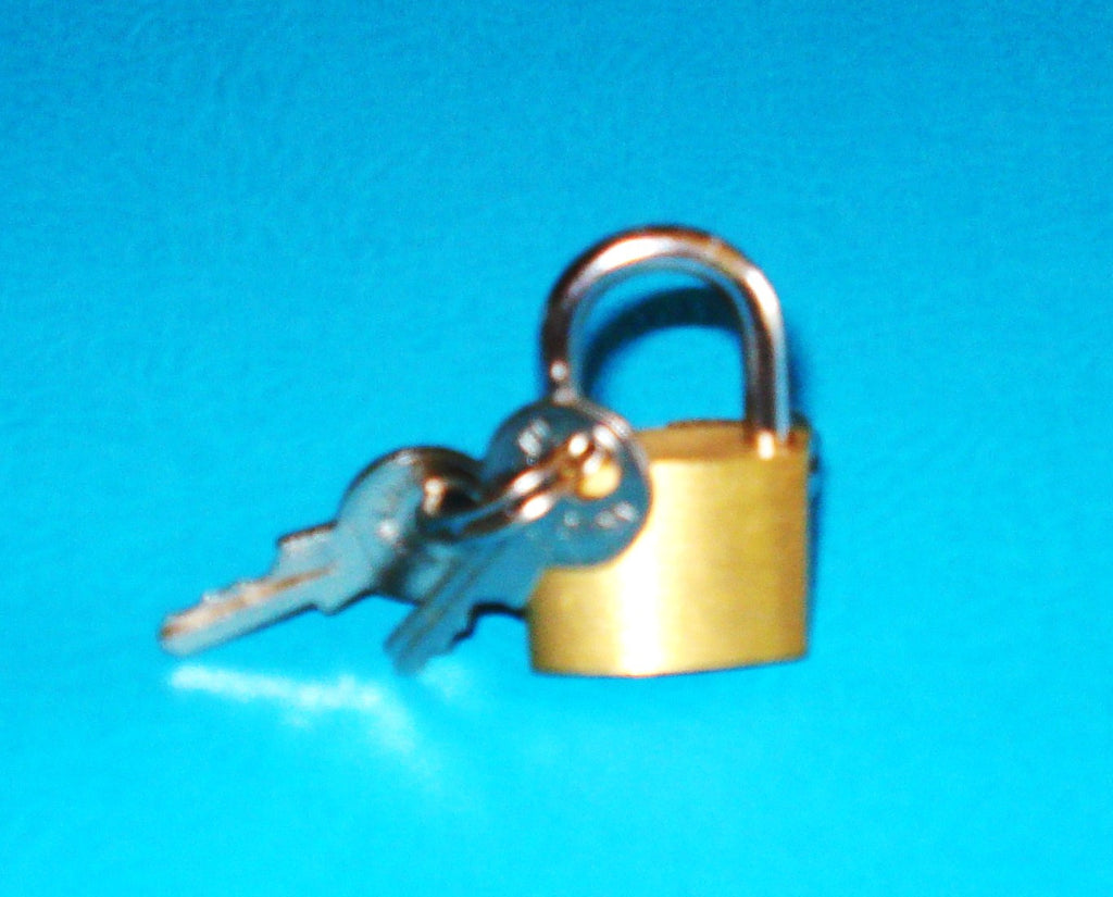 Lock & Key Padlock Ring