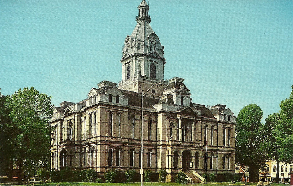 USA - Indiana - Rockville - Parke County Courthouse Postcard
