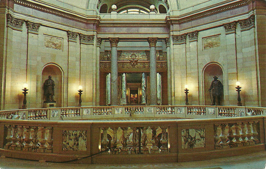 USA - Minnesota - St. Paul - Capitol Building Interior Postcard