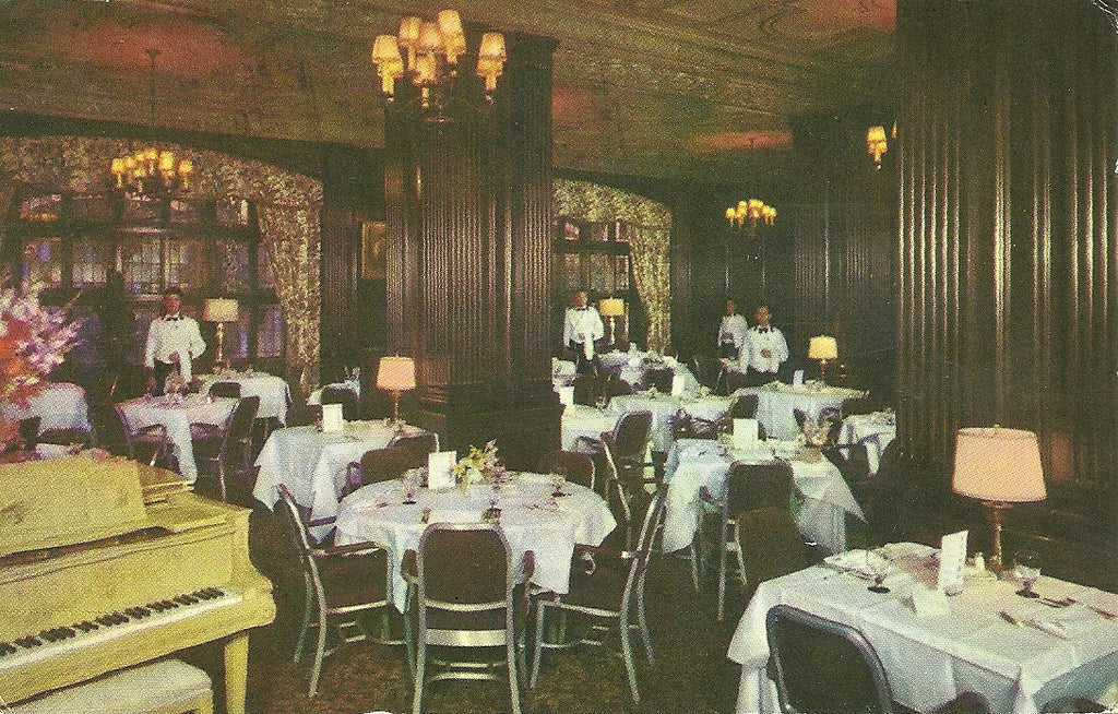 USA - Missouri - St. Louis - Hotel Mayfair Restaurant Postcard