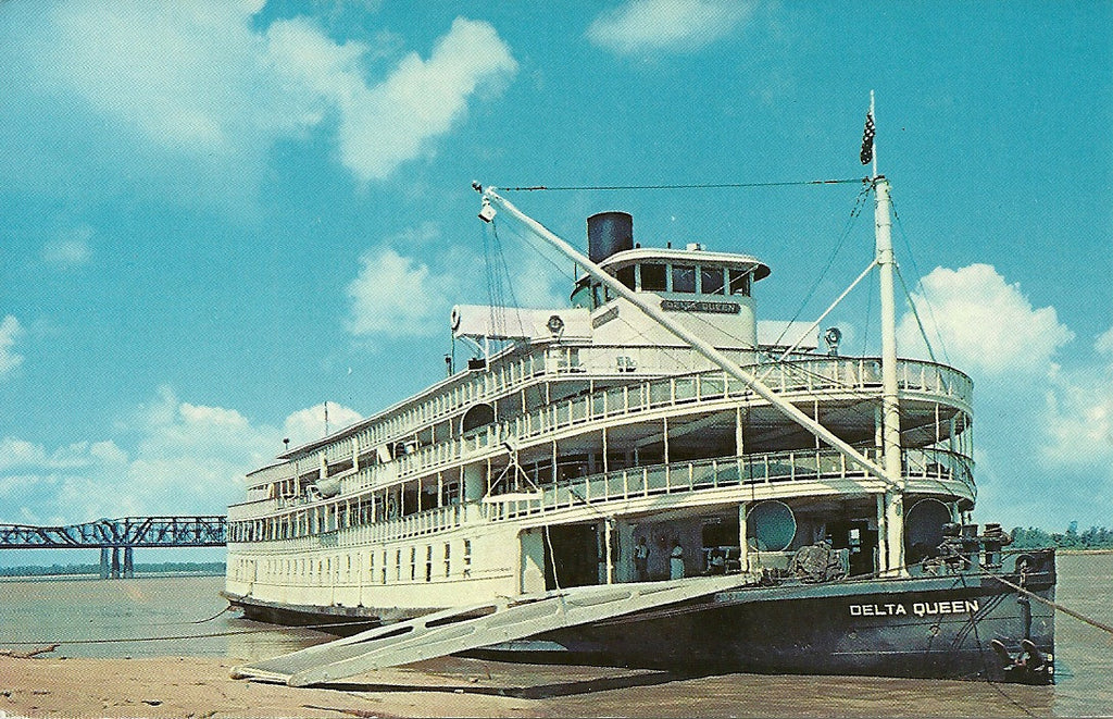 USA - Tennessee - Memphis - Delta Queen Steamboat Postcard