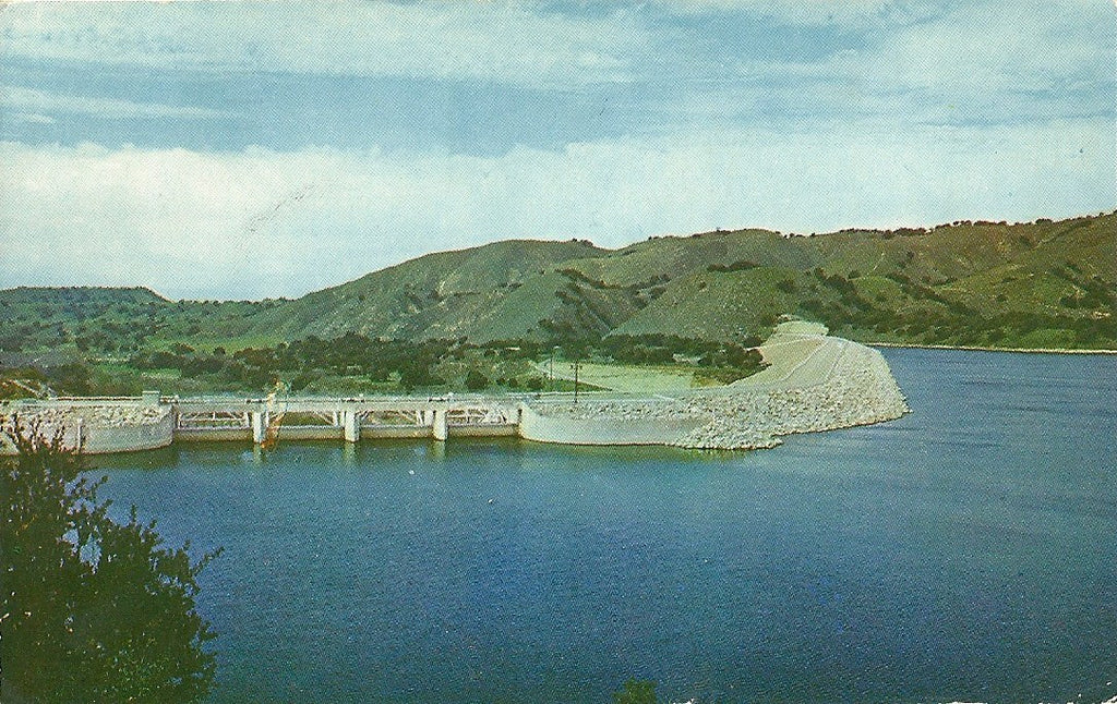 USA - California - Cachuma Lake - Water Dam Postcard