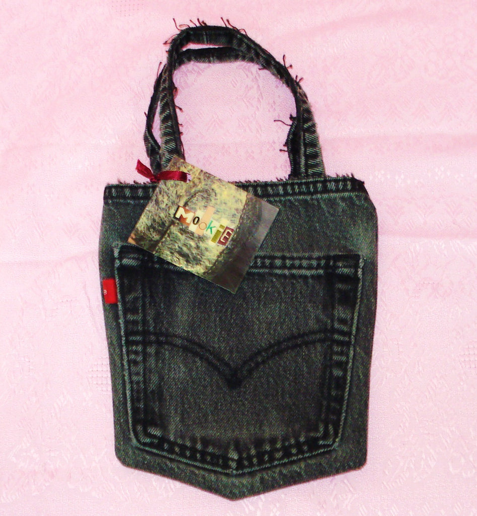 Levis Red Tab Pocket Purse