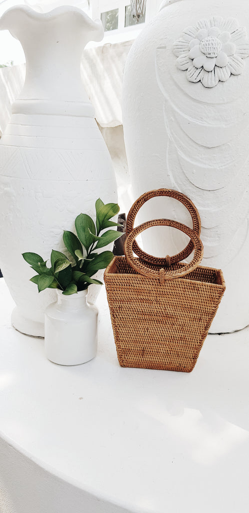 Manly woven bag
