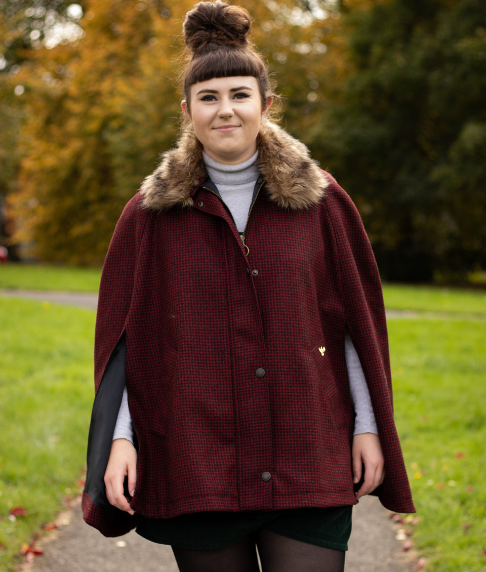Newbury Tweed Cape with Faux Fur Collar - Red and Black Houndstooth