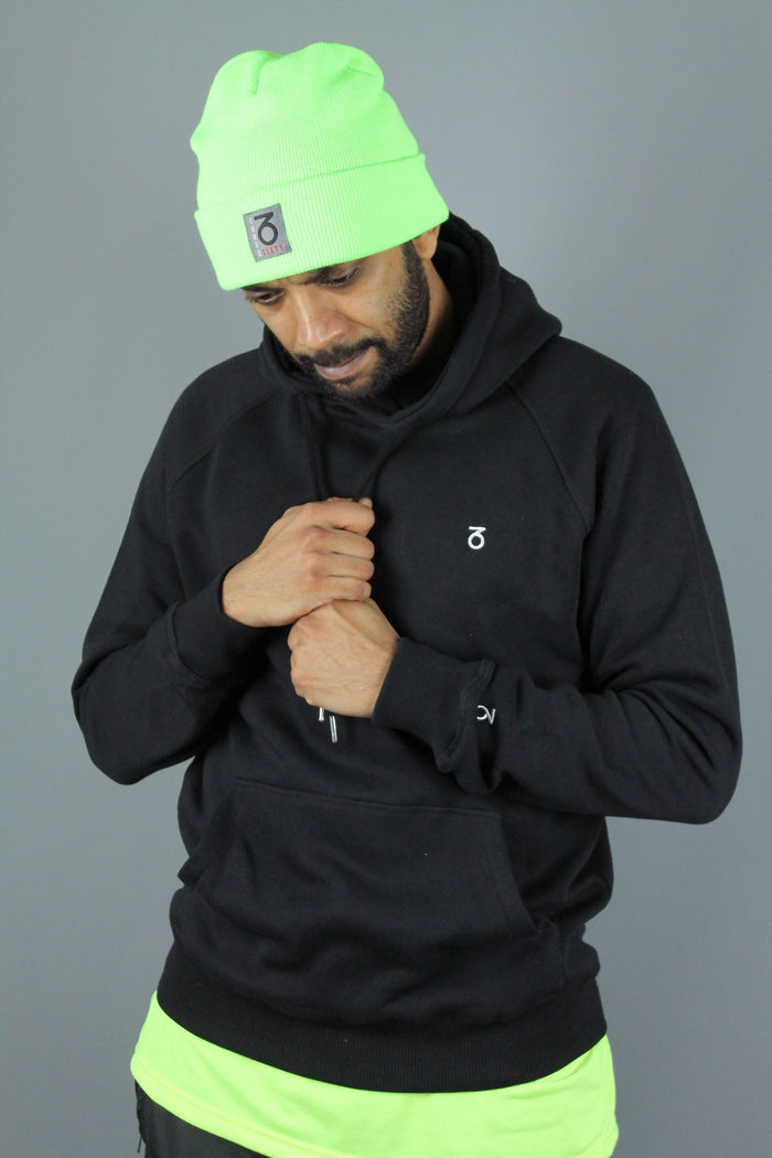 Essential P/O Hoody (Black)