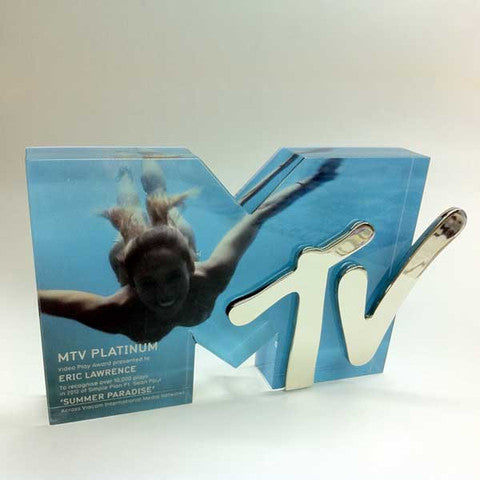 mtv award, bespoke acrylic award for eric lawrence, summer paradise