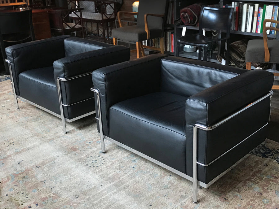 Pair of Le Corbusier LC3 Black Leather Club Chairs by Cassina