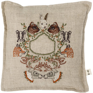 Wreath Treasure Pillow