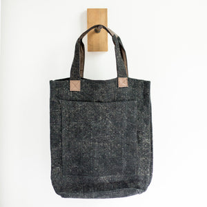 Deep Linen Tote Bag (Charcoal) - KESTREL