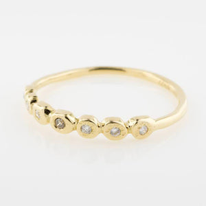 14K Scalloped Circle Band - KESTREL