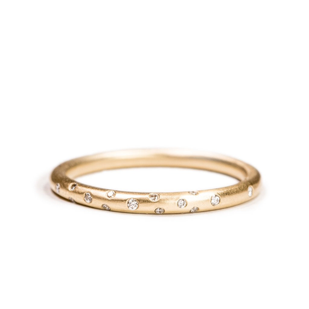 Perfectly Round - Diamond Dust Band