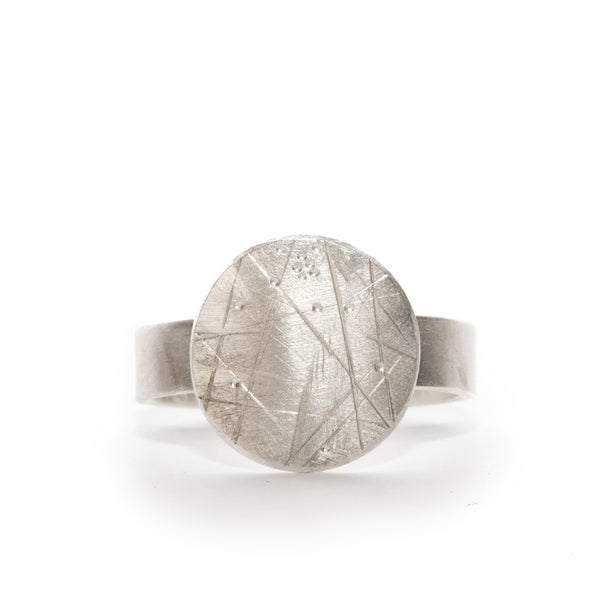 Moon Signet Ring in Sterling Silver