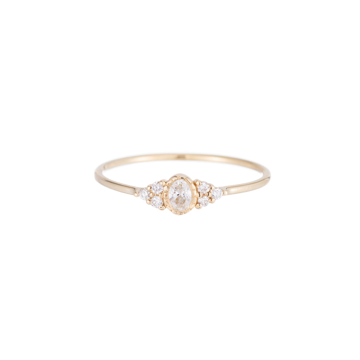 14K Oval Diamond Whisper Ring - KESTREL