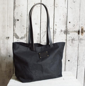 Seaside Tote - KESTREL