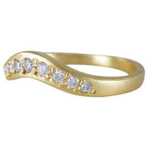 18K Arch Diamond Band - KESTREL