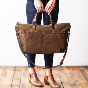 The Overnighter Bag - Oak Brown