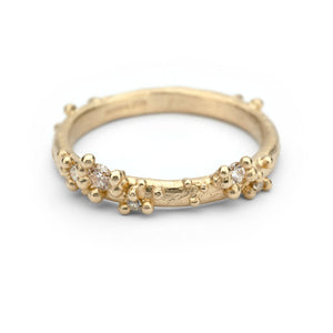 Half Round Band With Diamonds + Granules