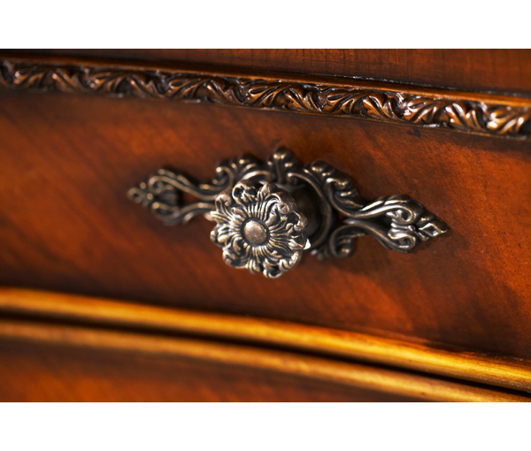 Chateau Beauvais Gentlemen's Chest