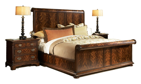 Hyde Park Panel Bed | Fine Furniture Design