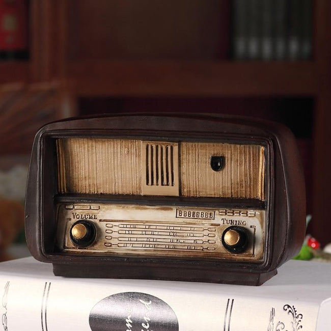 Retro European Style Resin Radio Model Ornament-American Aura