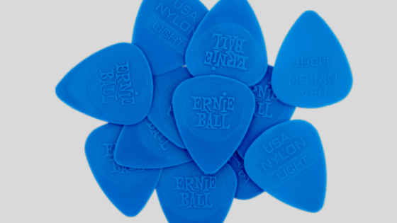 How to Choose the Right Guitar Pick