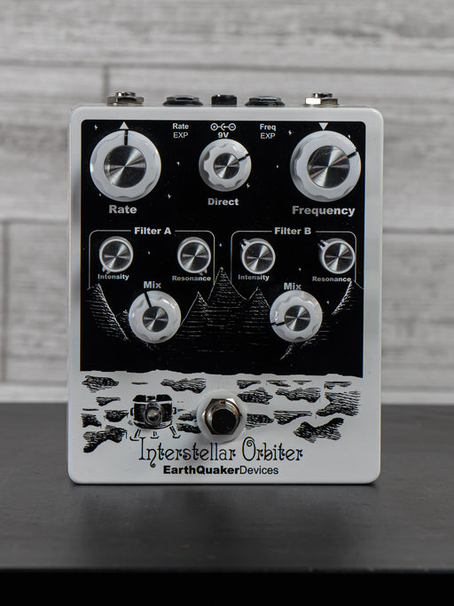 EarthQuaker Devices - Interstellar Orbiter Modulation