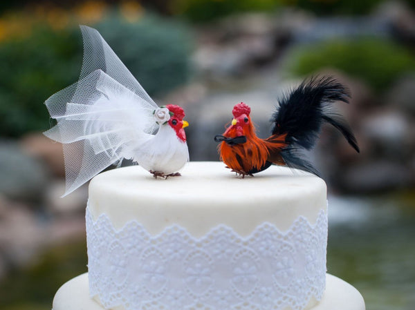 two little red hens wedding cake barnyard chicken wedding cake topper cake weddings 21332