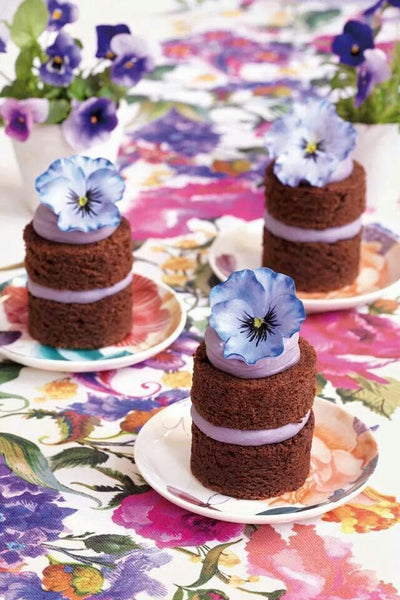 Mini Purple Chocolate Wedding Cakes