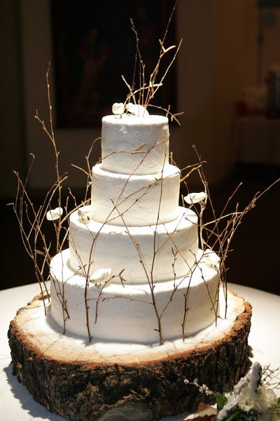 Top 8 Rustic Wedding Cake Stands – Candy Cake Weddings