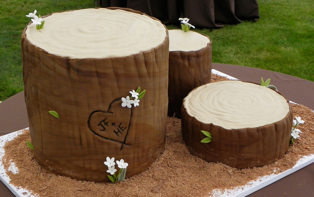 The Ultimate Rustic Log Wedding Cake