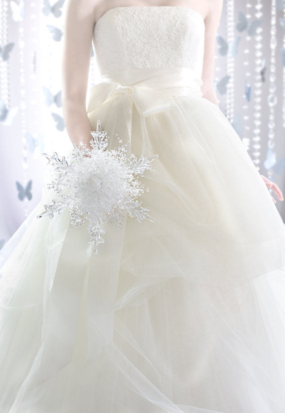 Winter Wedding ETSY Bride