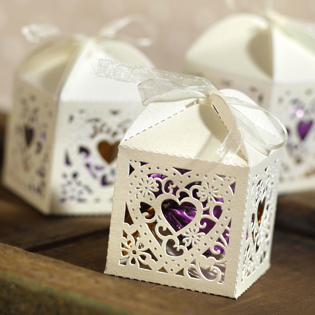 Decorative Ivory Wedding Favor Boxes