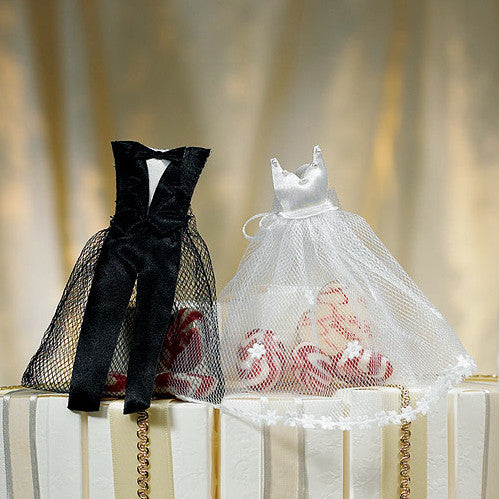 The Bride & Groom Wedding Favor Candy Bag, fill with candy or other goodies.