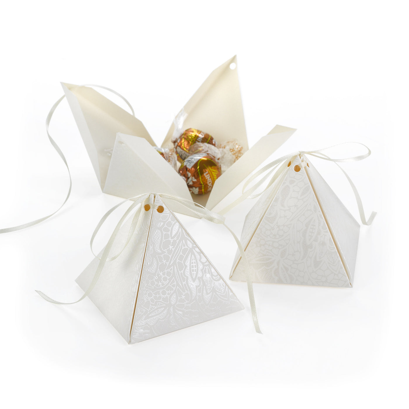 Pyramid Floral Lace Favor Box (Pack of 25) – Candy Cake Weddings ... a3f13520618e8