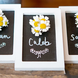 Mini Framed Chalkboard with Daisies