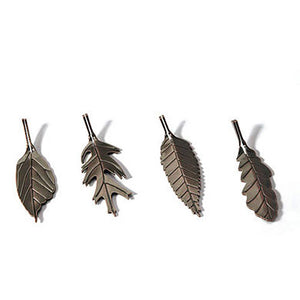 Metal Leaf Shaped Card Holders With Autumn Bronze Finish