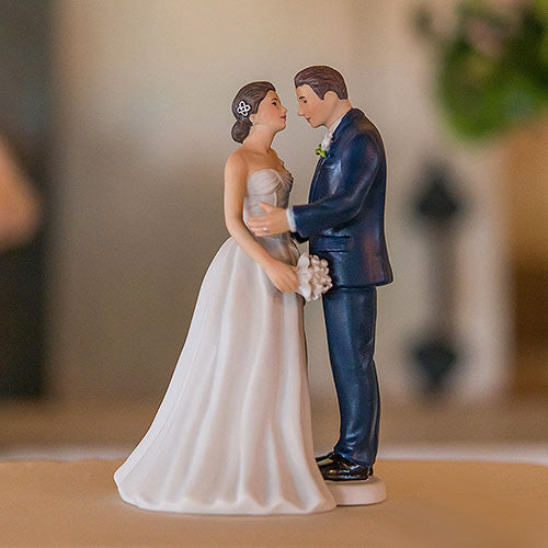 Contemporary Vintage Bride And Groom Porcelain Figurine Wedding Cake Topper