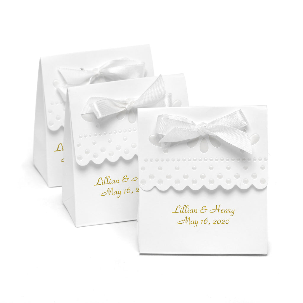 Personalized Scalloped Wedding Favor Boxes (Pack of 25)
