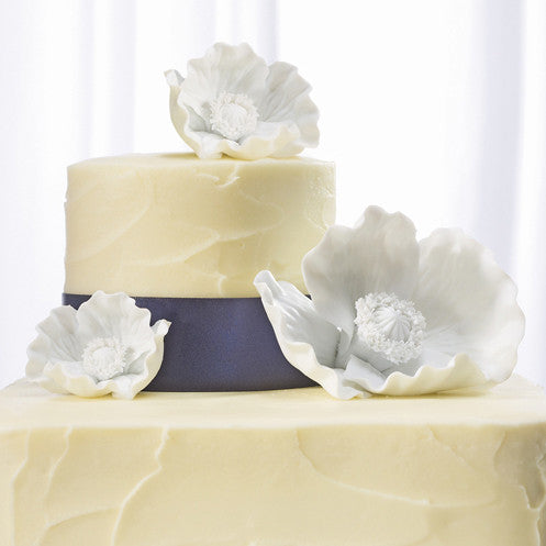 White Poppy Blooms for Wedding Cake