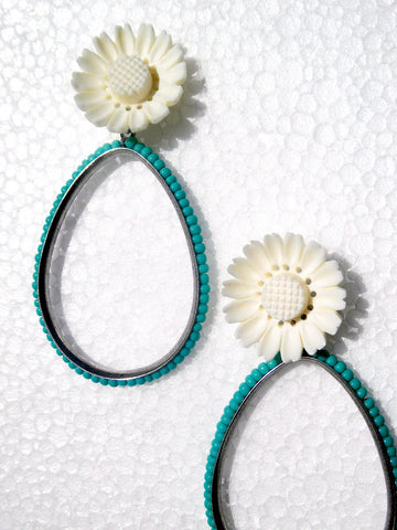 Earrings Daisy And Vintage Turquoise Drops