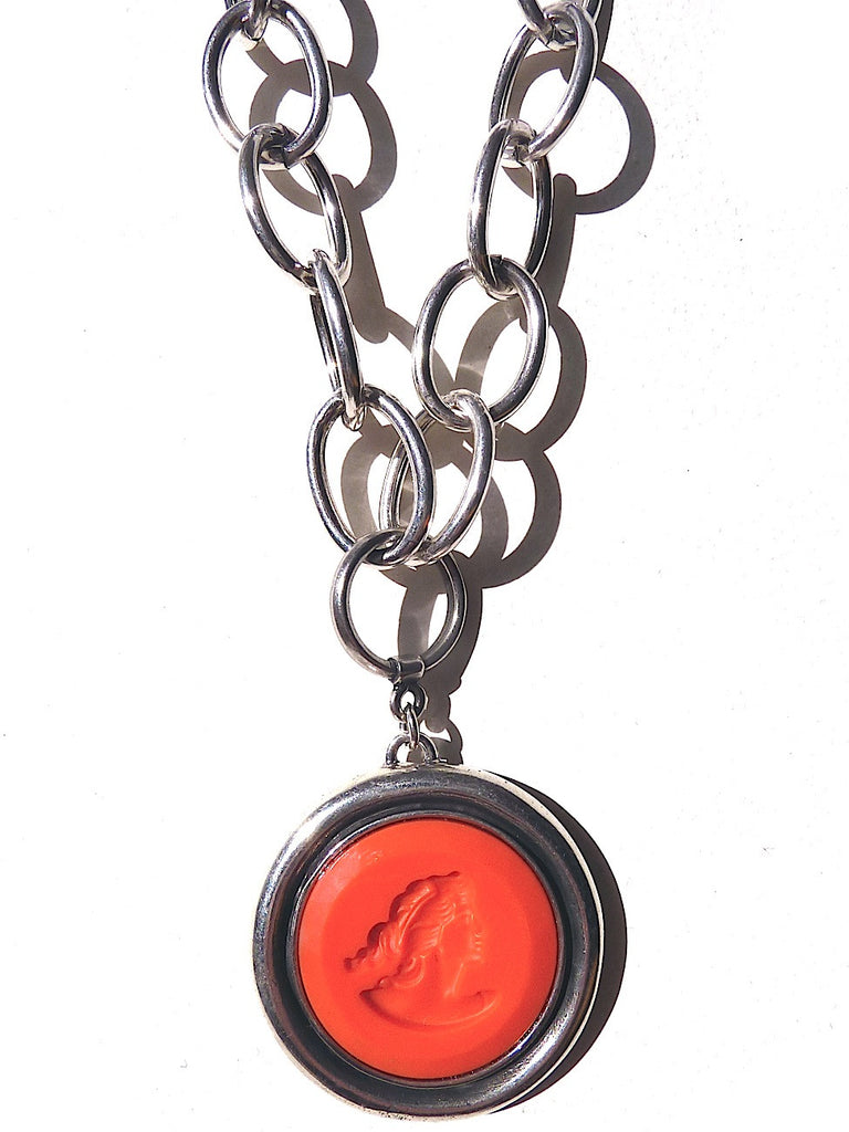 NECKLACE DOUBLE LENGTH INTAGLIO SILVER CORAL