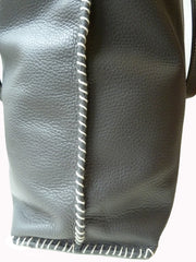 Gajumbo Tote Bag Pebble Grain Leather Elephant Grey