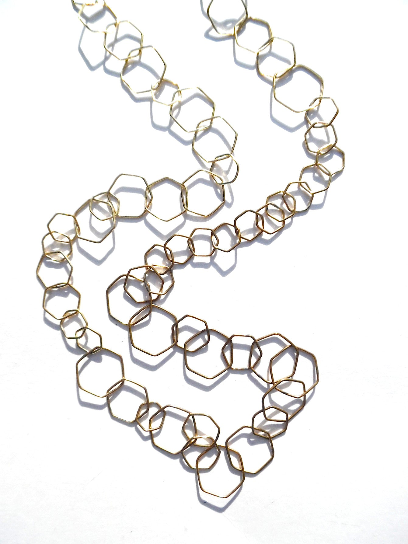 NECKLACE DELICATE HEXAGON LINKS GOLD ON BRASS