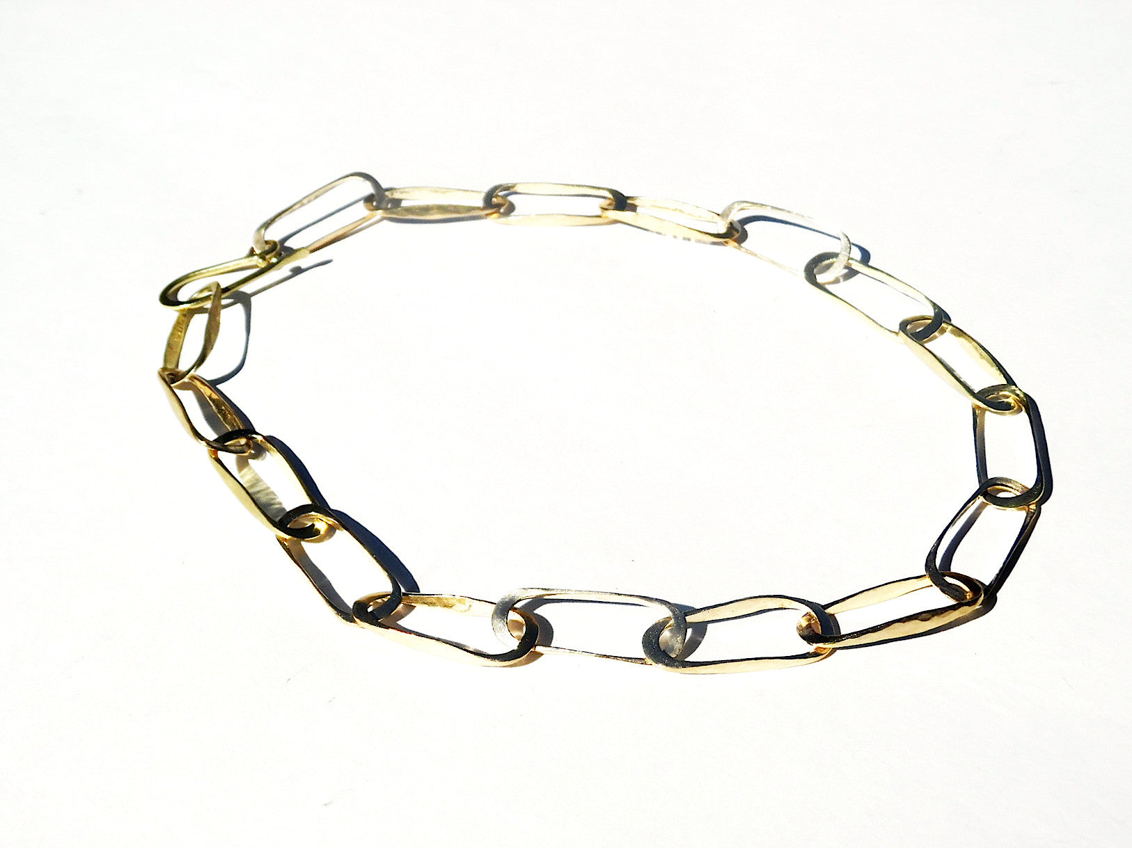OVAL LINK NECKLACE IN GOLD ON BRASS