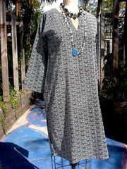 Raja Cotton Long Tunic Black and White Mod