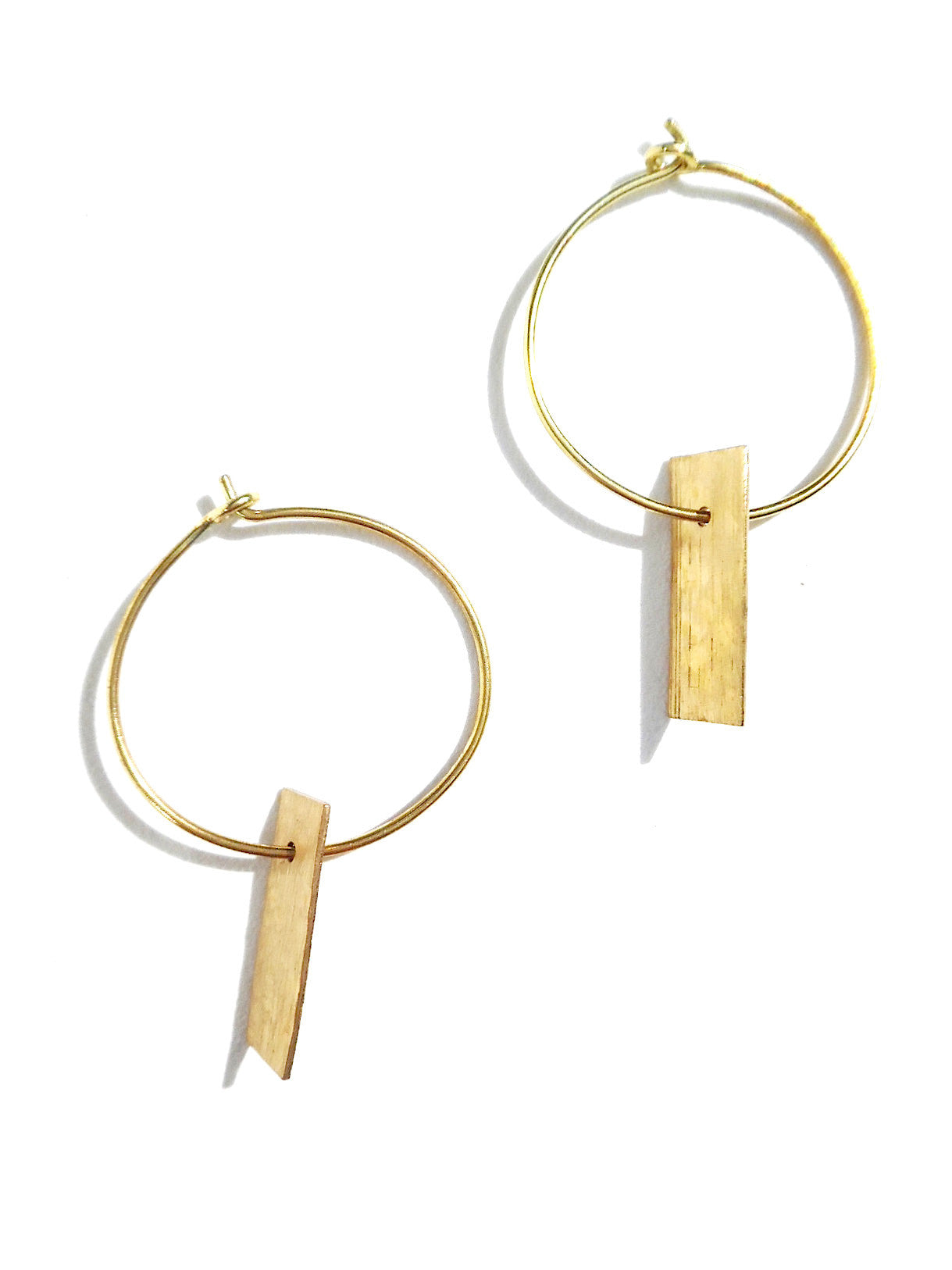 Earrings Hoop With Dogtag Gold On Brass