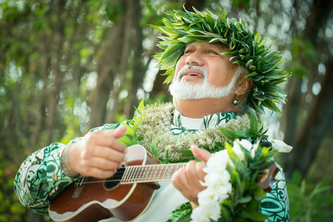 Maui Wedding Minister and Musician Laki