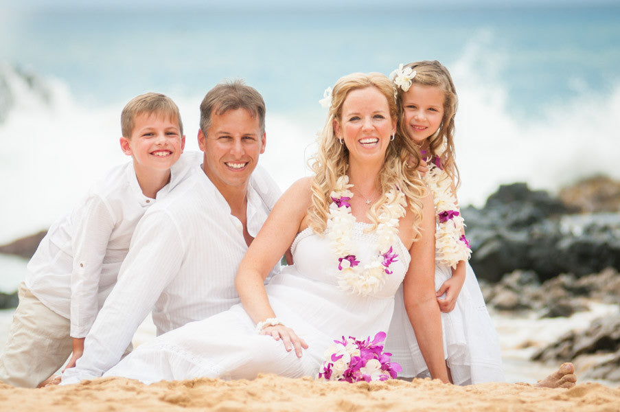 Maui Family Photo Packages, Portrait Packages, Engagement Packages, Beach Portraits