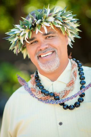 Maui Wedding Minister Earnest